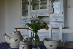 keramika_Modrenka_konvice_misa