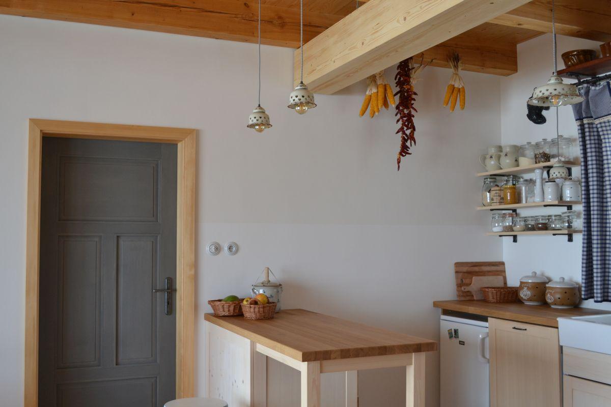 kuchyn_na_chalupe