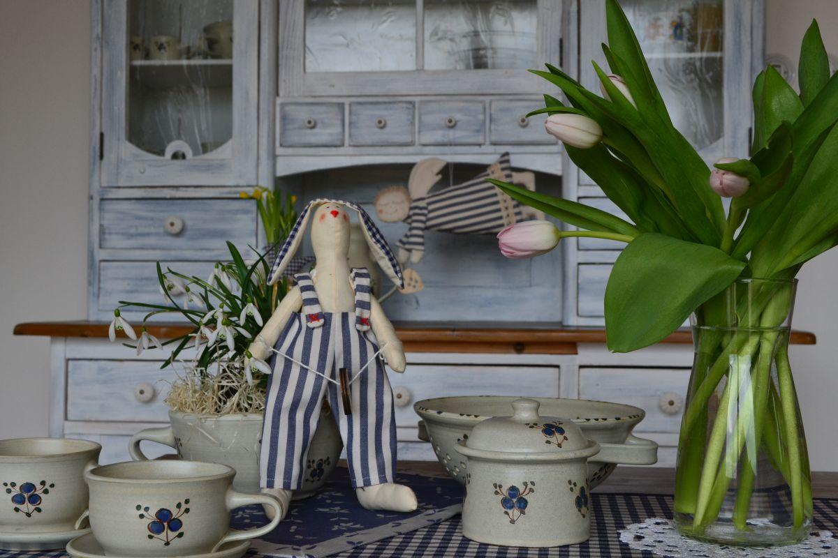 Modra_kolekce_keramiky_kanafasu1