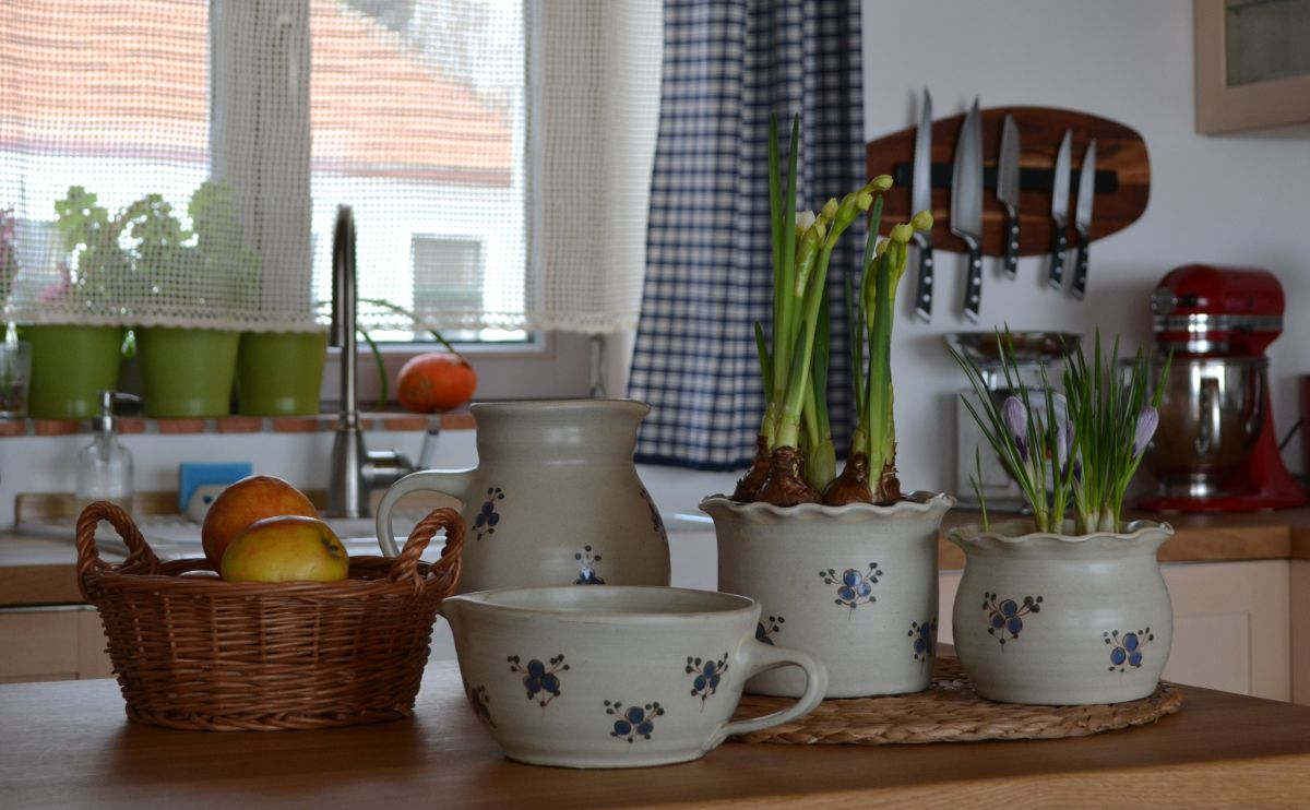 keramika_modrenka_misa_obalyna kvetinace_dzban